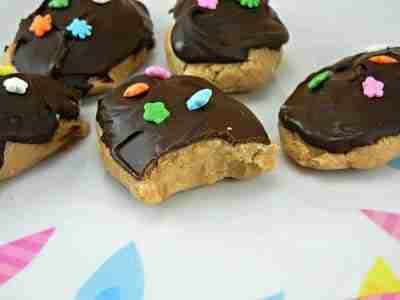 Peanut Butter Eggs/ The Tasty Fork