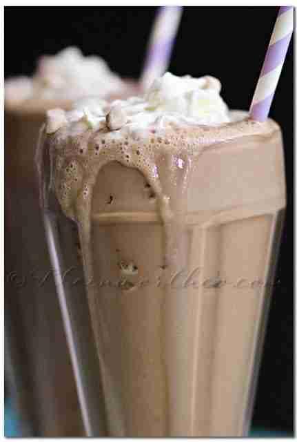 Caramel Macchiato Date Shake / Kleinworth & Co.