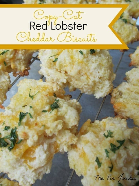 The Pin Junkie: Red Lobster Cheddar Biscuits
