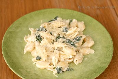 Goat Cheese & Kale Pasta