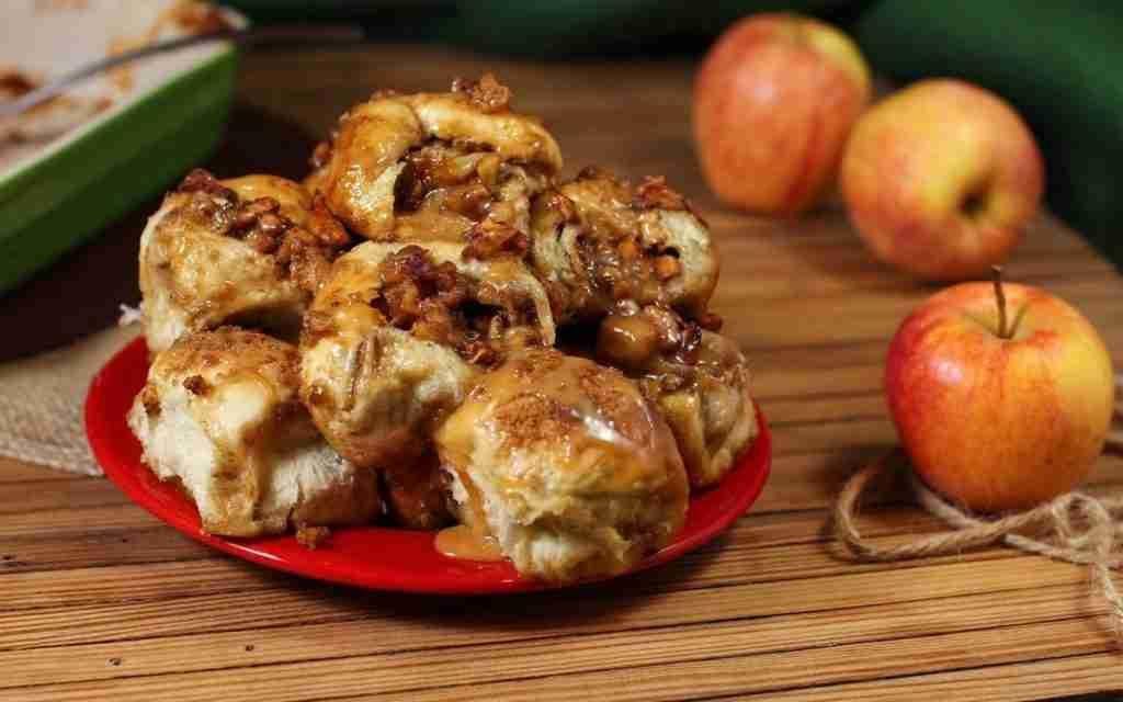 Crazy Caramel Apple Pie Bombs