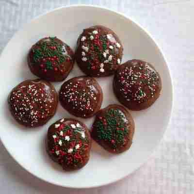 Glazed Chocolate Cake Cookies & a Bonus Recipe!