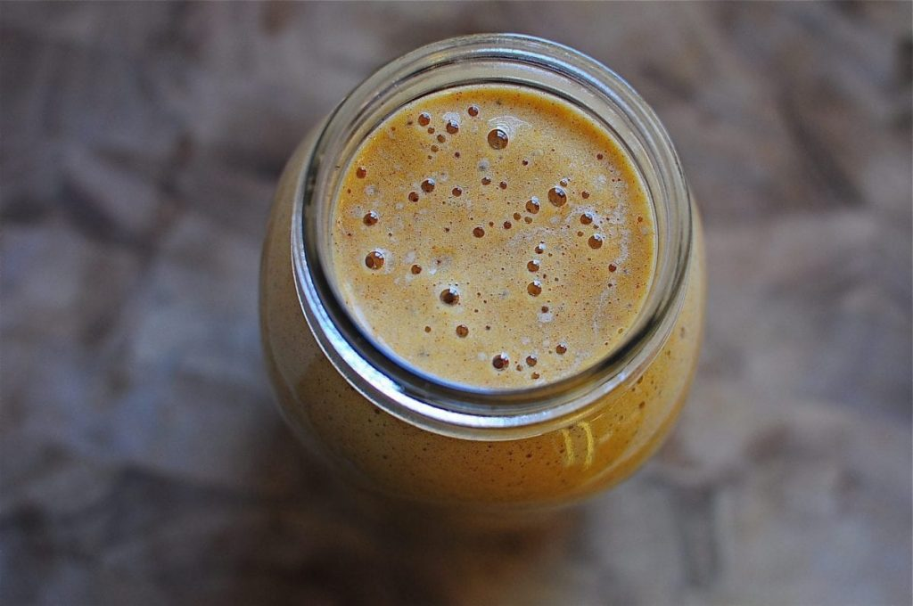 pumpkin apple spice smoothie