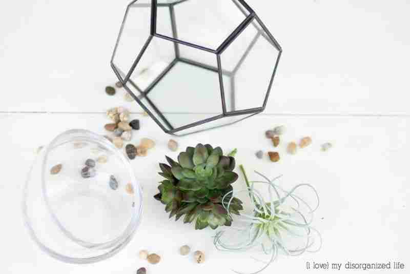 A no fuss terrarium is super easy to put together and the perfect gift for anyone with a 'black' thumb. With just a few materials and no watering required, this is a no-fail gift.